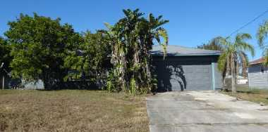 3914 10th St Sw, Lehigh Acres, FL 33976