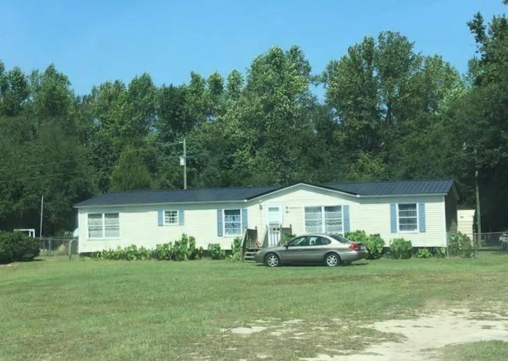 5514 Old Mullins Hwy, Nichols, SC 29581