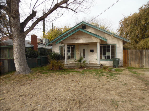 301 Holtby Rd, Bakersfield, CA 93304