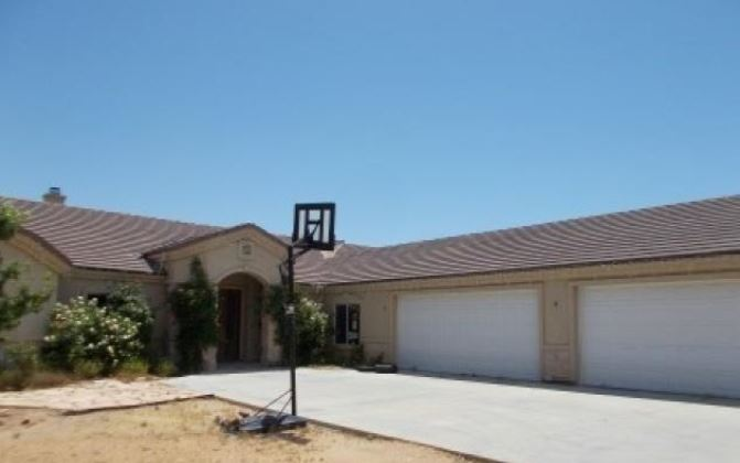 5804 Kingman Reef Rd, Kingman, AZ 86409