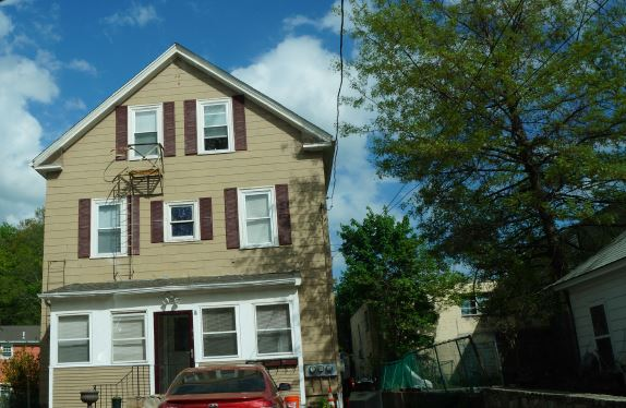 Photo of 7 FERNCLIFF AVE  North Providence  RI