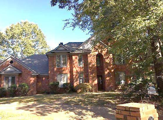Photo of 836 N TREE DR  Collierville  TN
