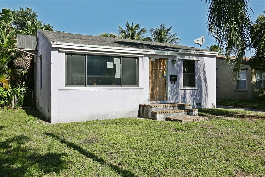 2439 Adams St, Hollywood, FL 33020