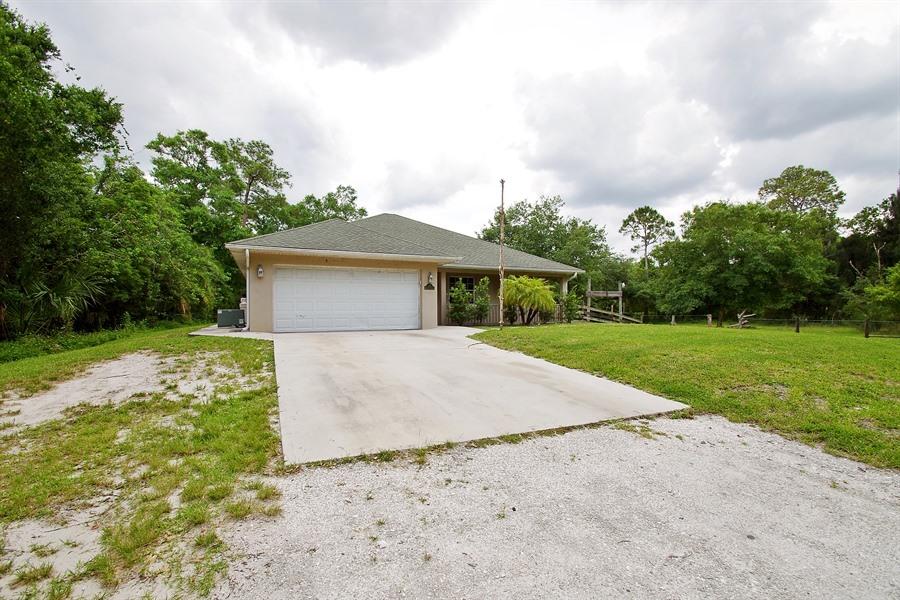 Photo of 143n Pine St  Fellsmere  FL