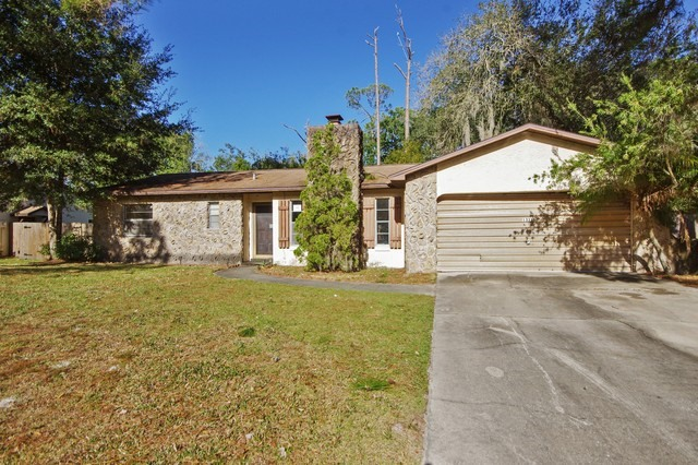 1331 Sweetwood Blvd, Kissimmee in  County, FL 34744 Home for Sale