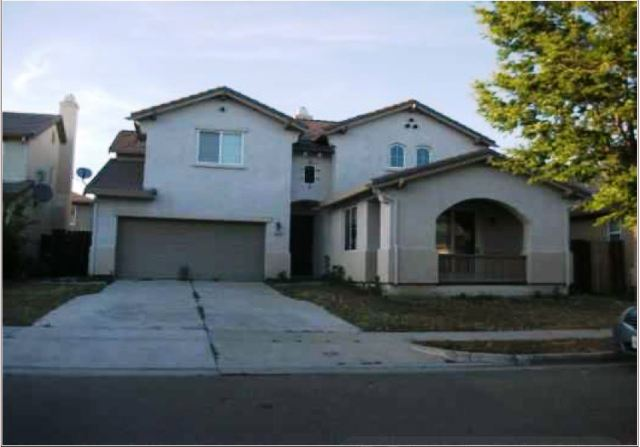 1455 Mesa Creek Dr, Patterson, CA 95363