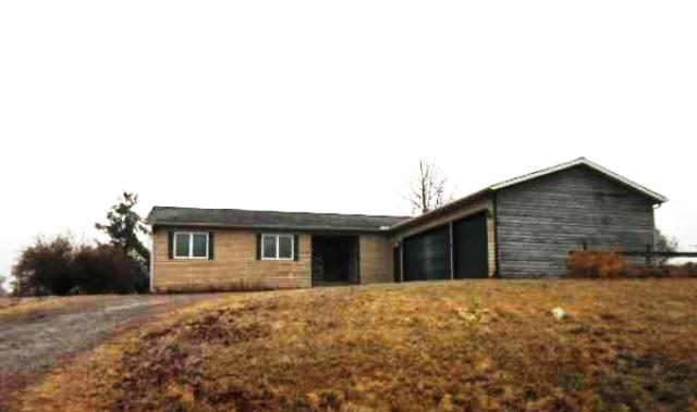 7366 Donegal Dr, Onsted, MI 49265