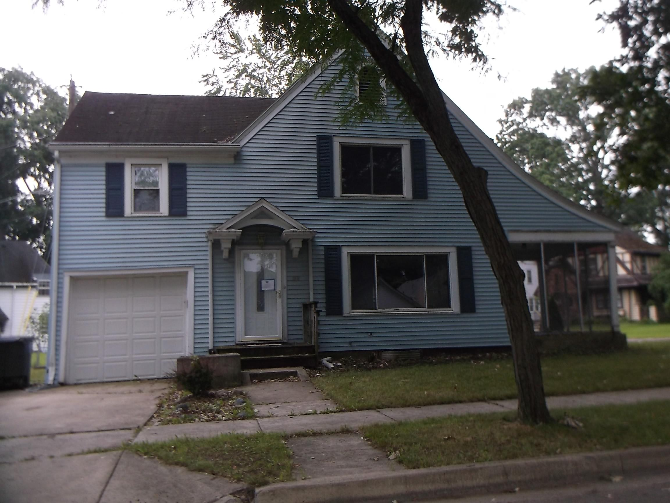 258 E Maple Grove Ave, Fort Wayne, IN 46806
