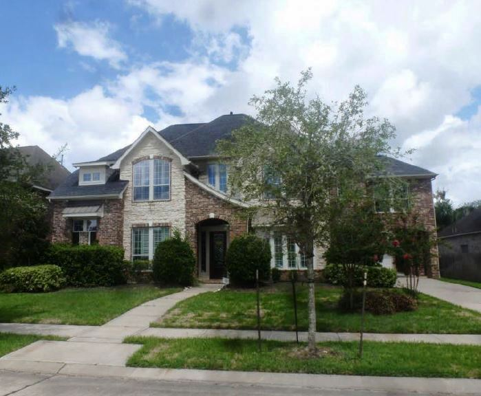 8615 Steele Creek Ln, one of homes for sale in Missouri City