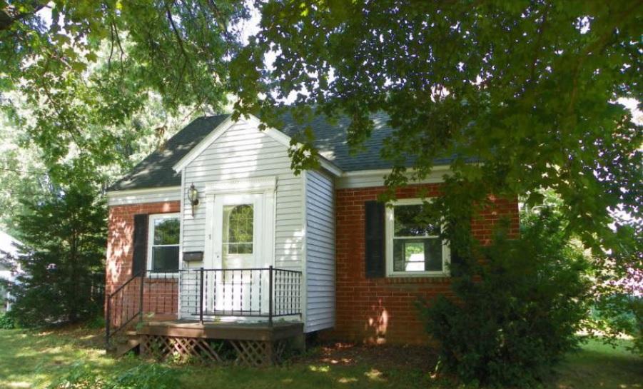 1 Abnaki Ave, Essex Junction, VT 05452