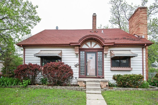 412 N Chicago Ave, South Milwaukee, WI 53172