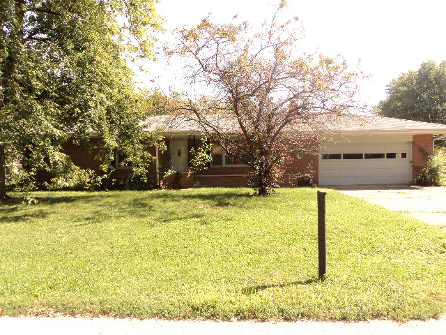 4708 Southview Dr, Anderson, IN 46013