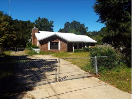 232 Holland St, Crestview, FL 32536