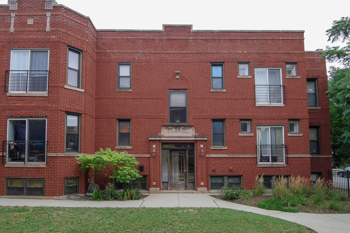Photo of 3706W WRIGHTWOOD AVE UNIT 1A  Chicago  IL