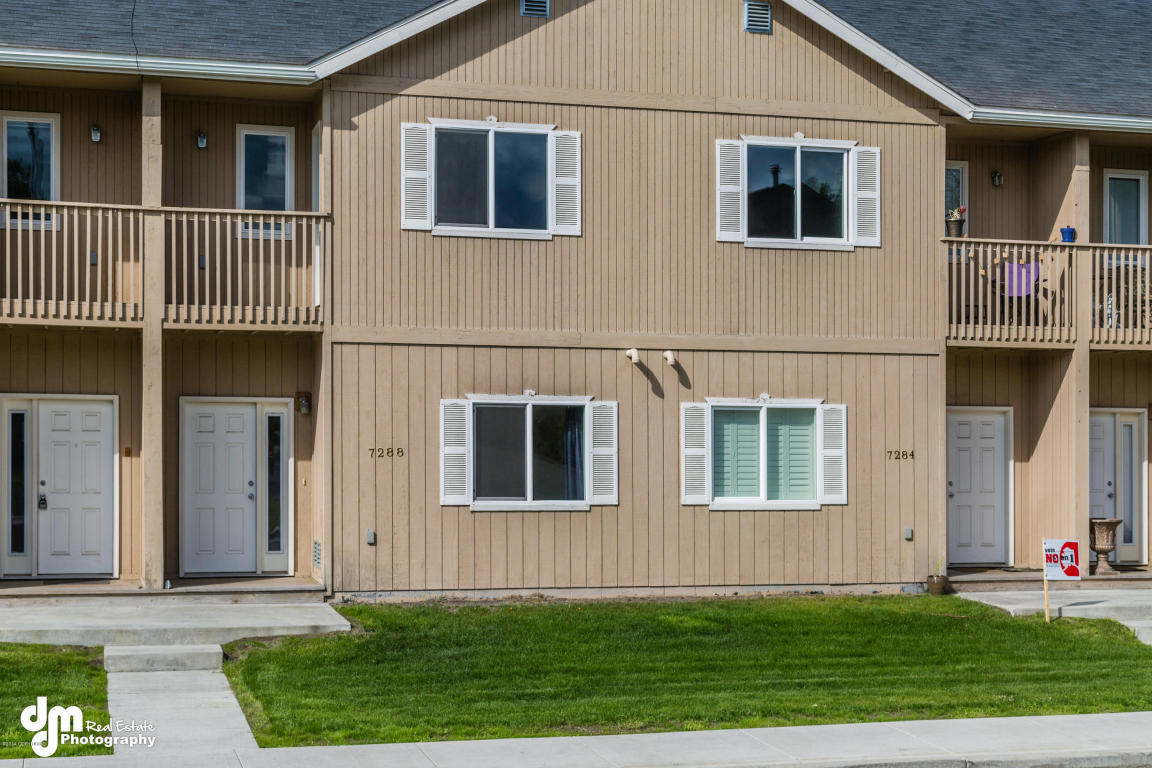 7288 Meadow St # 9e, Anchorage, AK 99507