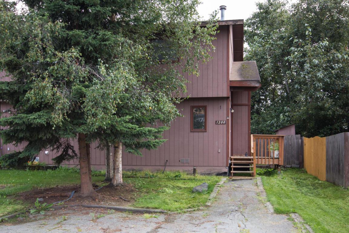 1200 Crow Berry Cir, Anchorage, AK 99515