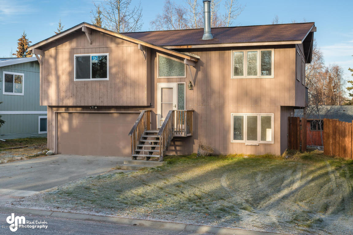 16027 Mammoth Cir, Eagle River, AK 99577