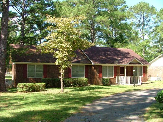 1807 Whisperwood St, Albany, GA 31721