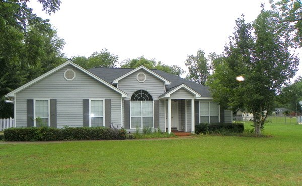 Photo of 106 St Clair Drive  Leesburg  GA