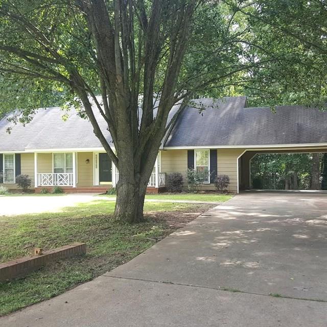Photo of 4424 Woodcrest Circle  Albany  GA