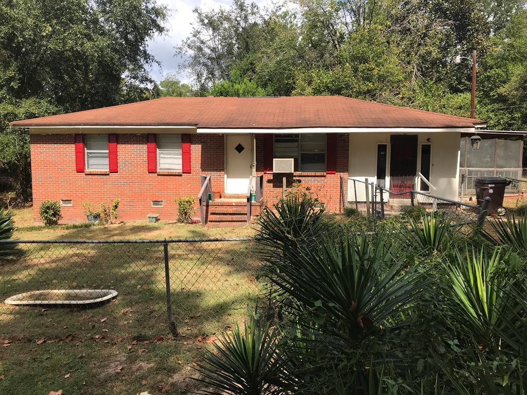 107 LAFAYETTE ST E Fort Gaines, GA 39851