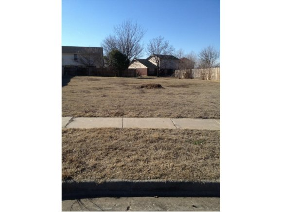 Land for Sale, ListingId:22422575, location: 3400 lyric Norman 73071