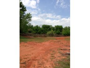 Red Bird Ln, Blanchard, OK 73010