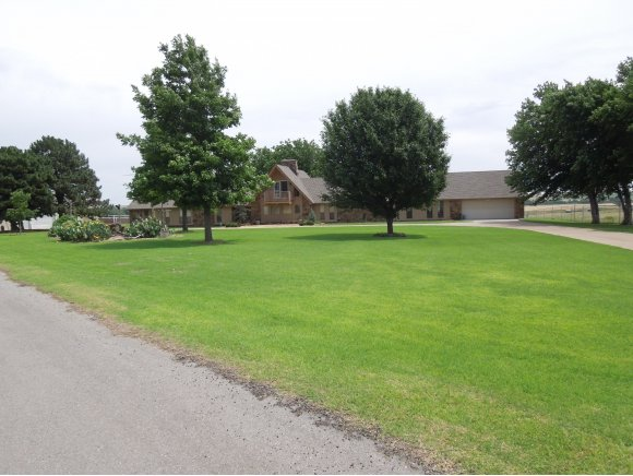 N 2426 Rd, Weatherford, OK 73096