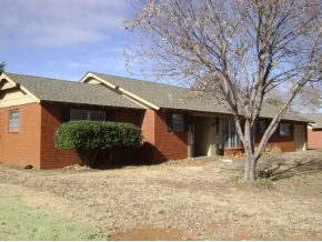 615 Oak Dr, Weatherford, OK 73096