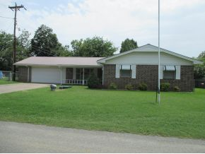 515 S 6th St, Eufaula, OK 74432