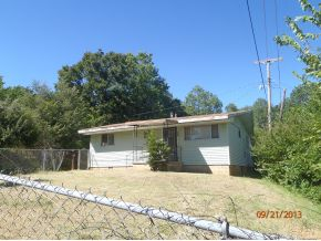 806 W Grand Ave, Eufaula, OK 74432