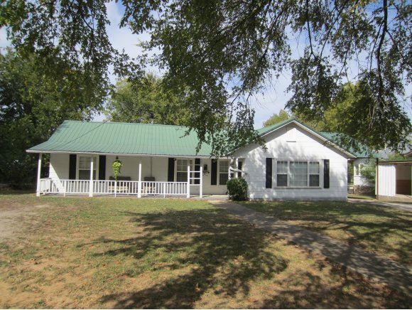 508 High St, Eufaula, OK 74432