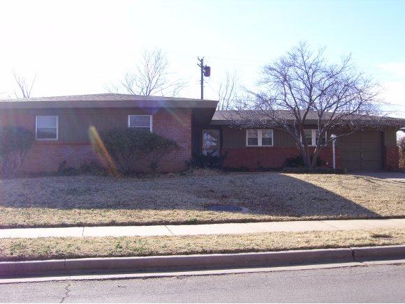 327 Suwannee Rd, Burns Flat, OK 73647