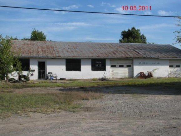 1220 E Gentry Ave, Checotah, OK 74426
