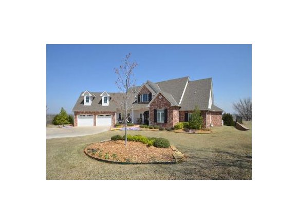 1806 N 4th Ave, Purcell, OK 73080