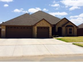 2204 Pinnacle Dr, Weatherford, OK 73096