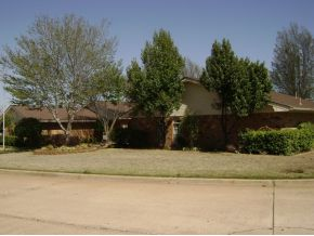 1232 N Illinois St, Weatherford, OK 73096