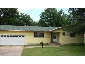 Rental Homes for Rent, ListingId:27787376, location: 527 W POLK AVENUE McAlester 74501