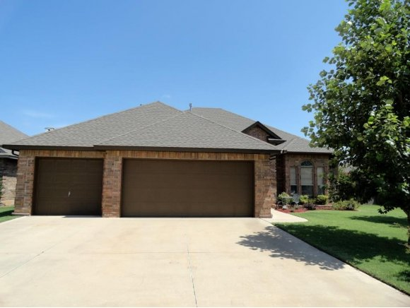 Real Estate for Sale, ListingId: 28706362, Moore,OK73160