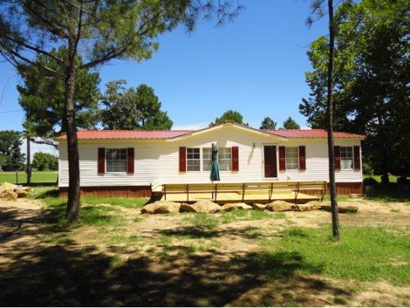 141 Pine Rd, Eufaula, OK 74432
