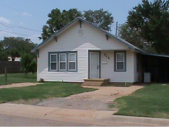 413 E Proctor Ave, Weatherford, OK 73096