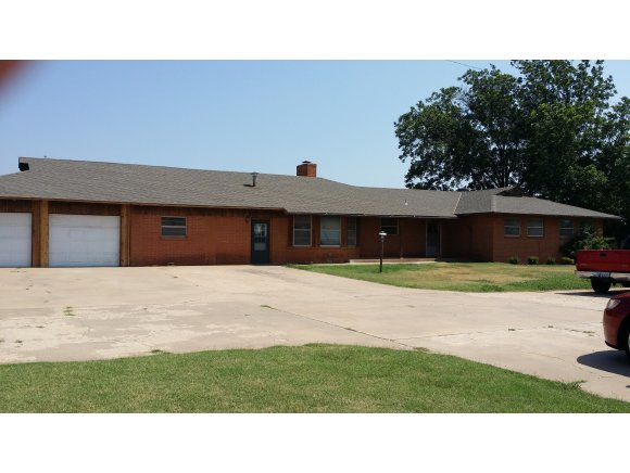 Real Estate for Sale, ListingId: 29137573, Clinton, OK  73601