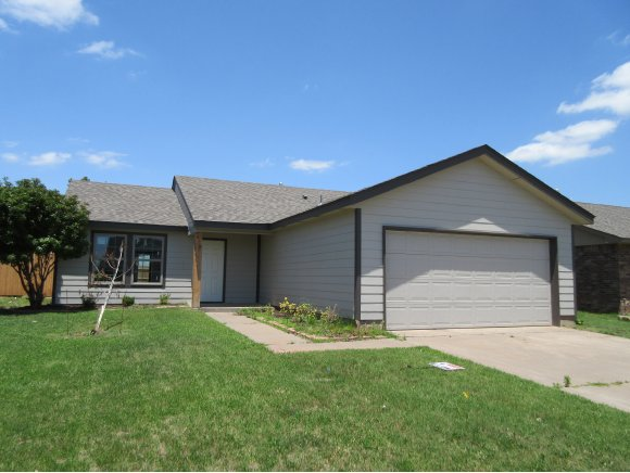 Rental Homes for Rent, ListingId:29274317, location: 833 Eric Cir Moore 73160