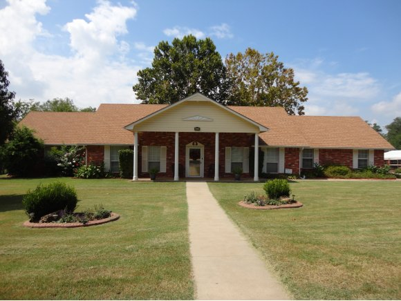 602 S 5th St, Eufaula, OK 74432
