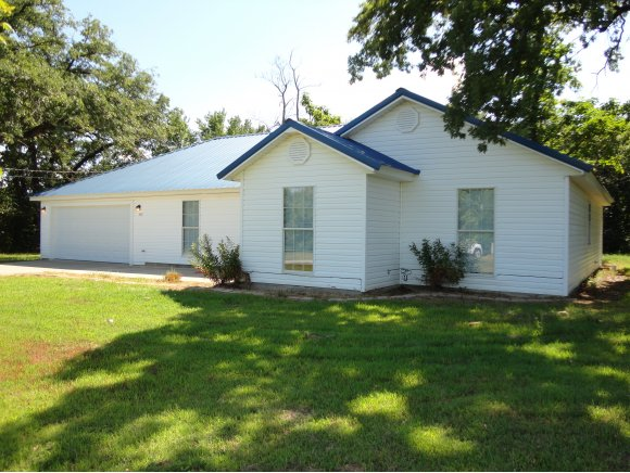 410 Rapp Ave, Eufaula, OK 74432