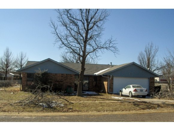 501 S Clifford Ct, Wayne, OK 73095