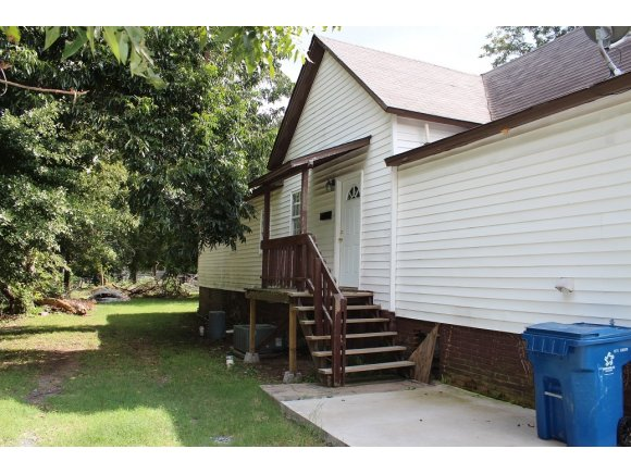 Rental Homes for Rent, ListingId:30230902, location: 732 S 3rd McAlester 74501