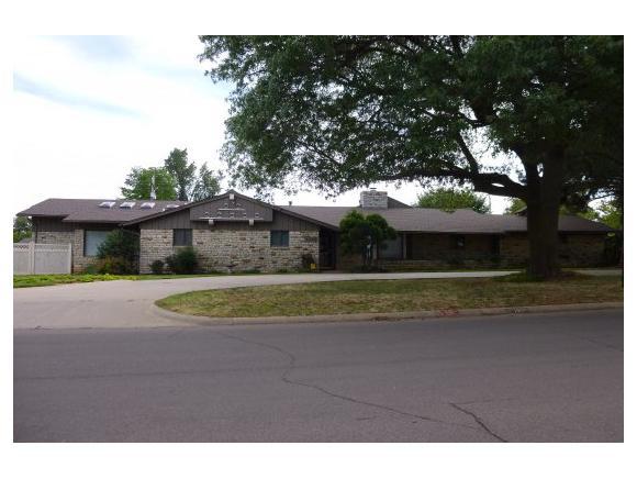1408 W D Ave, Elk City, OK 73644