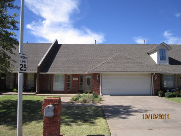 1025 Gartrell Pl, Weatherford, OK 73096