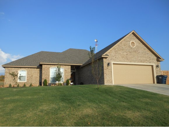 2318 Tailwinds Dr, Purcell, OK 73080